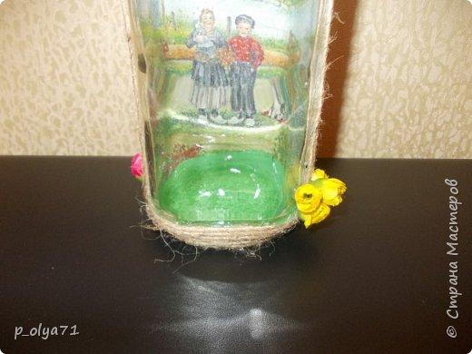 Здравствуйте!! А я сегодня опять с бутылками)))   Начинала их в феврале, отвлеклась на подарки,но вот праздники прошли и можно уже закончить начатое) фото 10