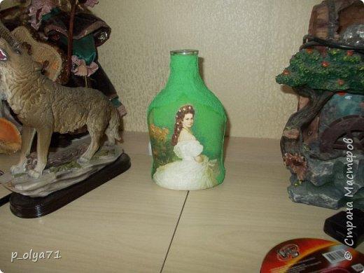 Здравствуйте!! А я сегодня опять с бутылками)))   Начинала их в феврале, отвлеклась на подарки,но вот праздники прошли и можно уже закончить начатое) фото 18