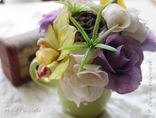 Лавандовые розы из холодного фарфора. фото 5
