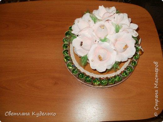 Здравствуйте,жители страны мастеров.Вот сделала тортик на юбилей сватьи по мк Татьяны Риске,спасибо ей большое.Юбилярша осталась  довольна. фото 4
