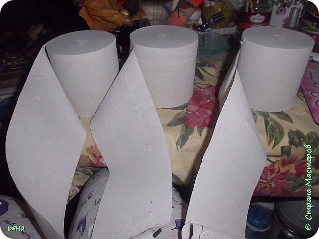 ПЛЕТЕМ - НЕ ПЛЕТЯ. Плетение необычное из туалетной бумаги фото 5