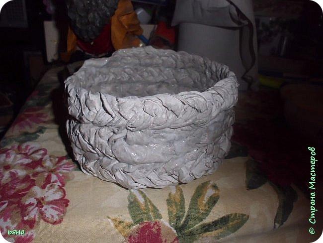 ПЛЕТЕМ - НЕ ПЛЕТЯ. Плетение необычное из туалетной бумаги фото 18
