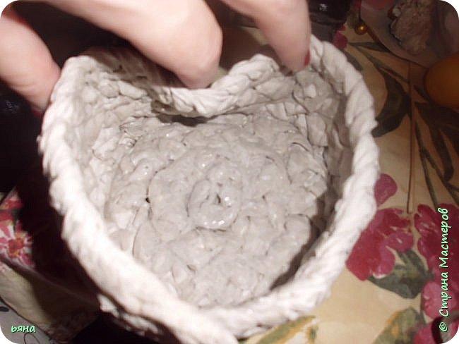 ПЛЕТЕМ - НЕ ПЛЕТЯ. Плетение необычное из туалетной бумаги фото 20