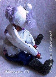 Вот такой дед появился у бабки Малуши, сделан он по МК Алены Масловой http://alyonamaslova.ru/shitie-kroi/kyklu/kukla-ded-harakternyiy  фото 4