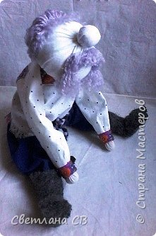 Вот такой дед появился у бабки Малуши, сделан он по МК Алены Масловой http://alyonamaslova.ru/shitie-kroi/kyklu/kukla-ded-harakternyiy  фото 3