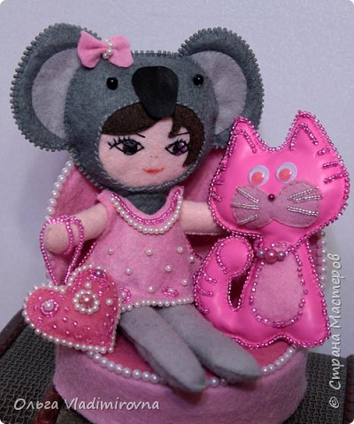 Куколки и игрушки из фетра расшитые бисером.  фото 1