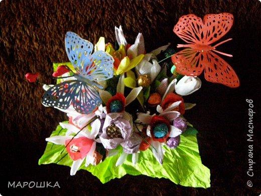 именинник весенний значит и букет весенний  - нарциссы, тюльпаны фото 4