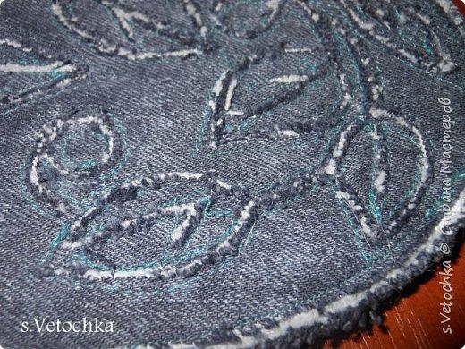 Училась создавать фактурную поверхность на простой ткани. У меня-джинса. фото 13