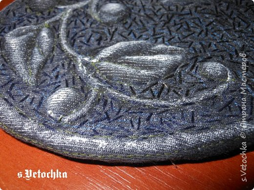 Училась создавать фактурную поверхность на простой ткани. У меня-джинса. фото 26