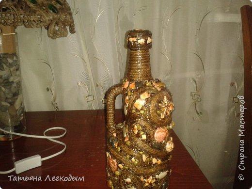 В оформлении  бутылок   были использованы джут,  галька, декоративные камни,ракушки,крупа.  Пробку делала из соленого теста. фото 7