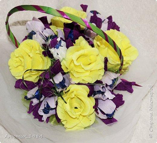 """Сладкая корзинка с розами. всего 15 штук, конфетка """"Марсианка"""" фото 6"""
