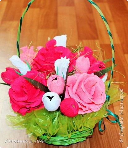 """Сладкая корзинка с розами. всего 15 штук, конфетка """"Марсианка"""" фото 3"""