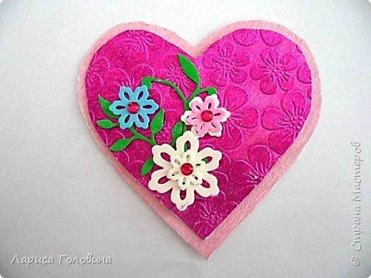 Делали на внеурочке подарки к 8 марта. Работа Данила. Розы в технике оригами по книге Елены Ступак. Верхний слой картона приподнят на объёмный скотч. фото 6