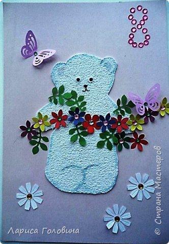 Делали на внеурочке подарки к 8 марта. Работа Данила. Розы в технике оригами по книге Елены Ступак. Верхний слой картона приподнят на объёмный скотч. фото 4