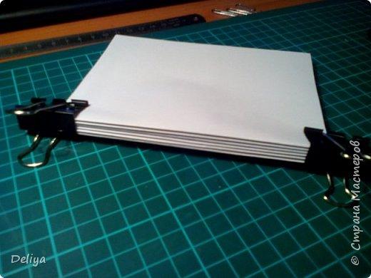 Обещанный МК по обложке Блокнота, но я решила, что нужно начать с самого начала. Итак, блок бумаги, листов блокнота. Я взяла маленький размер листочков 21*14 см фото 4