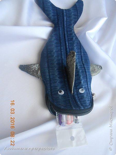 """Здравствуйте!Доброго времени суток!Увидела по телевизору  МК по изготовлению креативненького  пенала для мальчика""""Акула"""".Появился повод и желание воспроизвести.Вот что получилось..... фото 6"""