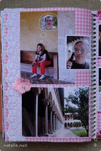 Привет страна и все её замечательные жители! И снова я) Давно мечтала заняться разбором фотографий и оформлением их в скраб-альбоме. Вот первая ласточка (хотя я уже делала раньше на заказ альбомы, но для посторонних людей - а тут своё....родное)))) Этот альбом посвящен поездке в Испанию в августе 2015 года фото 155