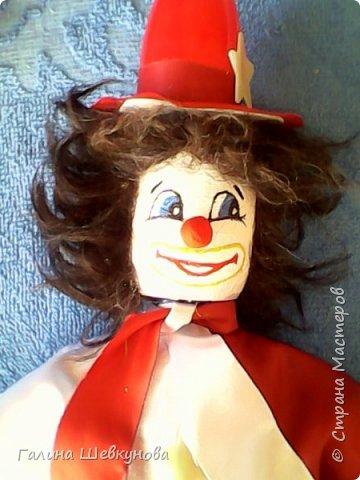 Игрушка Веселый клоун.   Высота-40 см, легкий, т.к пустотелый, ножки, ручки двигаются, головка крутится. фото 5