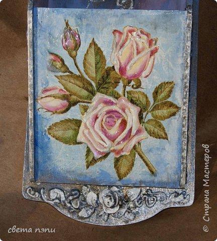 салфетница  внизу холодный фарфор покрашен под серебро. Розы выделены гелем. фото 1