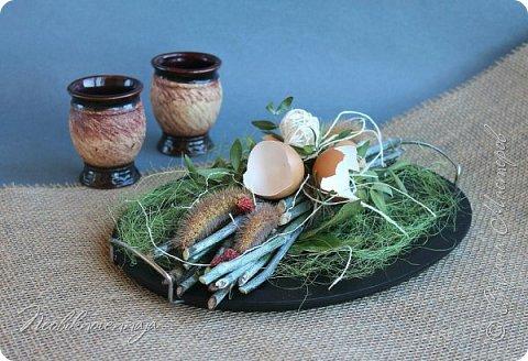"""1.""""Гнёздышко весеннее"""" Состав: керам.кашпо, флор.губка (оазис), сизаль, пенопластовые яйца. Цветы и зелень: альстромерия, кустовая роза, статица, салал, фисташка, пастушья сумка.  фото 41"""