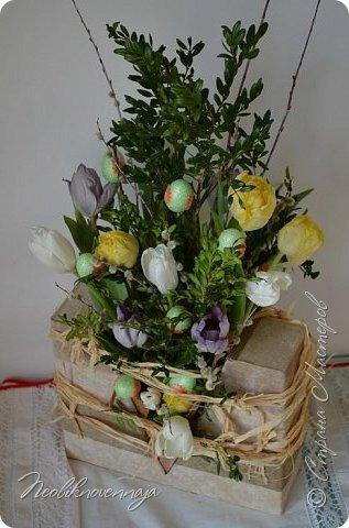 """1.""""Гнёздышко весеннее"""" Состав: керам.кашпо, флор.губка (оазис), сизаль, пенопластовые яйца. Цветы и зелень: альстромерия, кустовая роза, статица, салал, фисташка, пастушья сумка.  фото 33"""