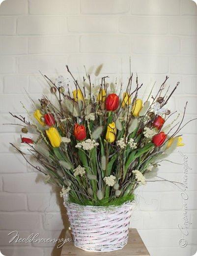 """1.""""Гнёздышко весеннее"""" Состав: керам.кашпо, флор.губка (оазис), сизаль, пенопластовые яйца. Цветы и зелень: альстромерия, кустовая роза, статица, салал, фисташка, пастушья сумка.  фото 10"""