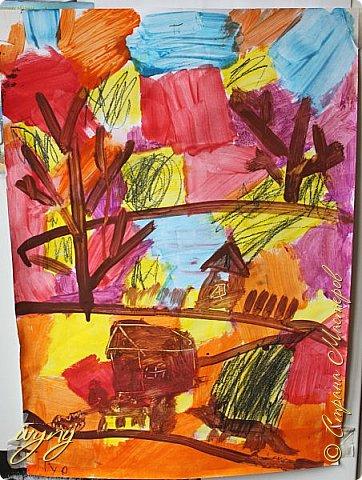 Мой сын ходит на рисование,хочу поделиться результатом его трудов.Ребенку 6 лет.Начал в сентябре и тематика соответствующая...осень....Кое кто решил подправить .. фото 1