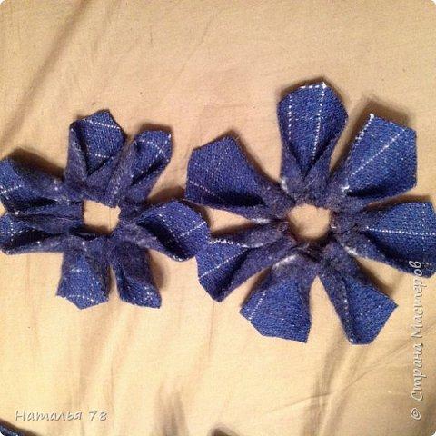 Вот такая брошь у меня получилась, делала ее для пончо, цвета драпа, из которого выполнены лепестки. фото 8