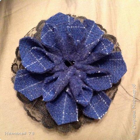 Вот такая брошь у меня получилась, делала ее для пончо, цвета драпа, из которого выполнены лепестки. фото 12