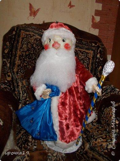Вот такое панно. Дед Мороз сделан из соленого теста , раскрашен акриловыми красками. фото 4