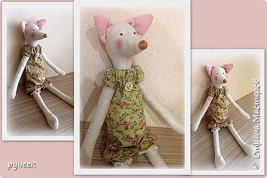 Добрый вечер страна!,,,немного о своих игрушках - Тильда зайцы и мишка, кукла и лисичка: глазки у всех - бусинки, носик вышит мулине нитками, ткань для тельца кукол - лен,краситель для ткани - кофе, наполнитель - холлофайбер, свитер у медведя связан крючком,,,в ушки зайцев вставлена стальная проволока,,,  фото 8