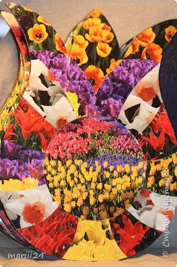 Добрый день,уважаемые мастера и  мастерицы. Хочу сегодня вам показать альбом, который я сделала для  моих родителей.  Моя мама большая любительница цветов (надо сказать они отвечают ей взаимностью). И она не только любит их выращивать, она обожает всевозможные выставки, парады и т.п. события из жизни цветов.  В прошлом году мои родители с моим старшим сыном посетили Стамбул, в котором ежегодно весной проходит выставка тюльпанов. Этому путешествию и посвящен мой альбом. С обложкой к этому альбому я участвовала в конкурсе пейп-арта, который устроила гениальный мастер Татьяна Сорокина. Спасибо всем девочкам, которые голосовали за мою работу. фото 16