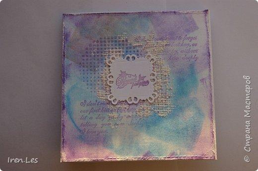 Привет всем жителям Страны. Хочу показать вам открытку, которую делала на заказ. Фон делала с нуля. Помудрила со штемпельной краской, штампами и акриловой пастой.. Такой фон делала не впервые, очень мне нравиться его делать. Вид спереди фото 2