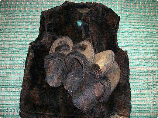 """Уважаемые мастерицы! Эти вещи сделаны из старой подростковой искусственной шубки, которая несколько десятилетий висела в дачном шкафу, в моей """"Плюшкинской куче"""".Эта моя запись предназначена для тех, кто время от времени ездит зимой на несколько дней на дачу. В холод! Протопить зимой дачный дом о-о-очень тяжело! фото 11"""
