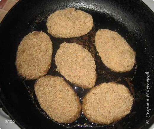 Постные гречаники - без яиц и мяса. Очень вкусные и питательные с хрустящей корочкой. Рецепт гречаников простой и абсолютно доступен - обычные недорогие продукты. Как для меня постные гречаники - идеальное блюдо для Великого Поста.  фото 3