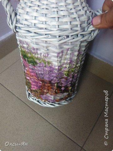 Решила раскрасить домик для моих кактусов. Даже бабочки на магнитах пригодились. фото 6