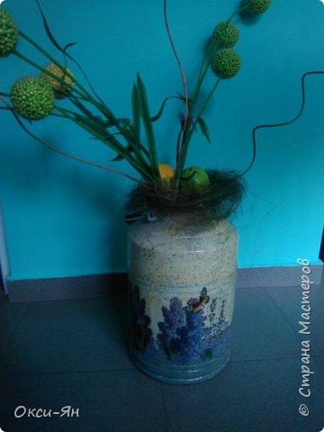 Решила раскрасить домик для моих кактусов. Даже бабочки на магнитах пригодились. фото 7