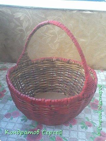 Всем доброго времени суток!!! сегодня немного отклоненился от моделирования...решил сделать корзину в новой для меня технике плетения из газетных трубочек... фото 7
