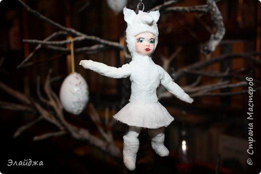 """Каждый в детстве  на Новый год  одевал карнавальный костюм. У меня в детском саду все девочки были снежинками, мальчики зайчиками , а вот лисичкой, медведем, волком- были счастливчики. Ведь это роли в сказке""""! И так всем хотелось быть  особенной, не такой как все!  фото 5"""