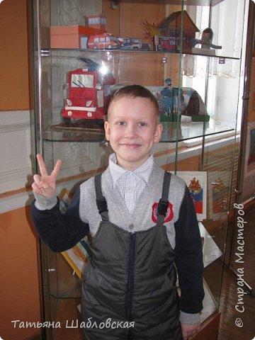 """Здравствуйте, уважаемы жители Страны. Вот и мы с детишками сделали поделку на общегородской конкурс по """"Пожарной безопасности"""". Мы выбрали номинацию """"Современная пожарная техника"""". Спасибо огромное за МК Ирочке-Манюне  http://stranamasterov.ru/node/558736?c=favorite, он нам очень помог. Вот что получилось у нас. фото 7"""