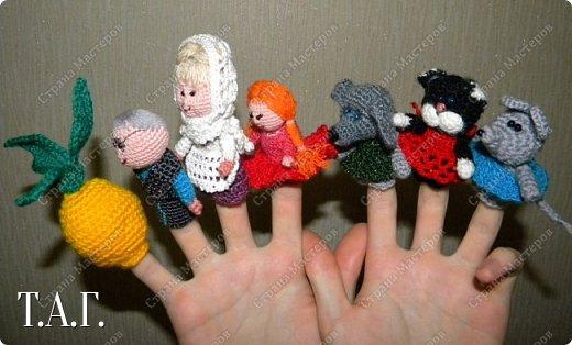 Продолжаю вязать пальчиковые игрушки для внука.  фото 3