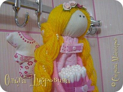 Кукла (фея) для хранения ватных палочек и дисков фото 2