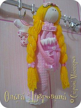 Кукла (фея) для хранения ватных палочек и дисков фото 3