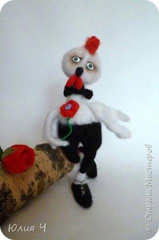 Здравствуйте всем! Хочу познакомить Вас с моей новой игрушкой - Петушок Романтик. Моя первая авторская игрушка, поэтому очень хочется оценки. фото 2