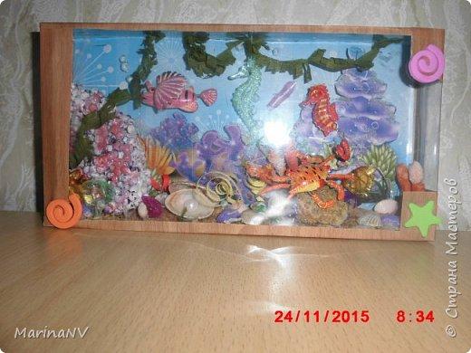 Кукольный домик для Барби (подарок на Новый год внучке) . Размер 120см на 80см. Кроила из картона и для жесткости на наружные стены клеила потолочную плитку.  фото 4