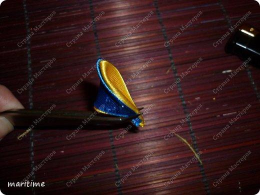 Вот  острый двухцветный лепесток канзаши в трёх вариациях фото 8