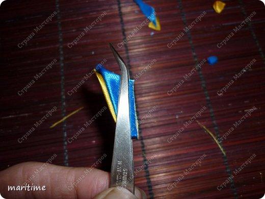 Вот  острый двухцветный лепесток канзаши в трёх вариациях фото 9