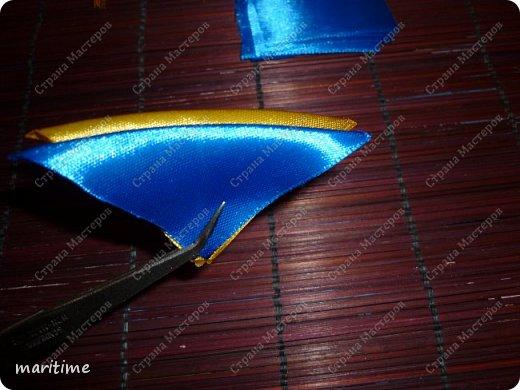 Вот  острый двухцветный лепесток канзаши в трёх вариациях фото 12