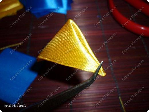 Вот  острый двухцветный лепесток канзаши в трёх вариациях фото 19