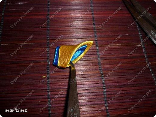 Вот  острый двухцветный лепесток канзаши в трёх вариациях фото 23